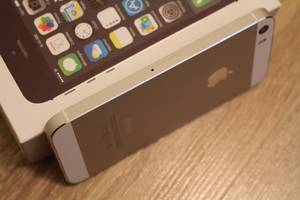 Новый Apple iPhone 5S\32GB Silver (оригинал)