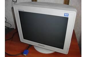 Продам ЭЛТ-монитор Samsung SyncMaster 797DF – 17 дюймов.