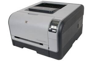 Принтер HP Color LaserJet CP1515n / лазерная цветная и монохромная печать / 600x600 dpi / Legal (Max Print Size) / 12...