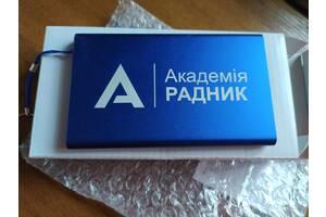 Устройство зарядное внешний аккумулятор портативный power bank 4000 mA