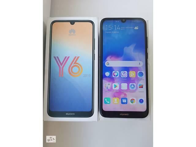 купить бу Смартфон Huawei Y6 2019 (MDR-LX1) Midnight Black dual sim в Киеве