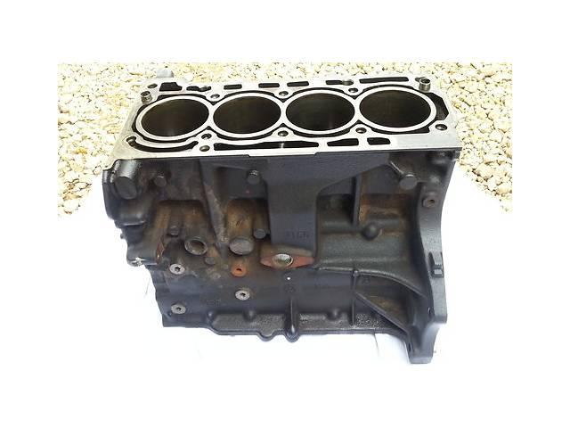 купить бу Детали двигателя Блок двигателя Volkswagen Jetta 2.5 в Ужгороде