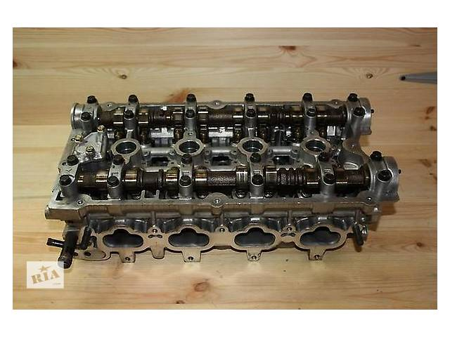 купить бу Детали двигателя Головка блока Hyundai Santa FE 2.4 в Ужгороде