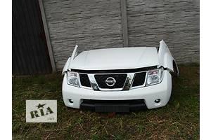Фары Nissan Pathfinder