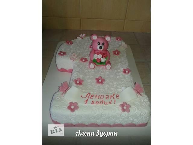 купить бу Детский торт на годик девочке в виде единички с мишкой в Киеве