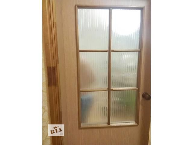 бу Дверь межкомнатная со стеклом, коробкой и наличниками в Киеве