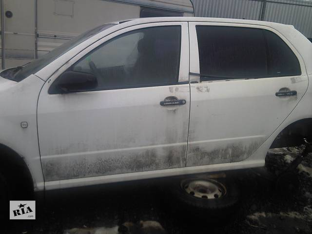 купить бу Дверь передняя для легкового авто Skoda Fabia в Ужгороде
