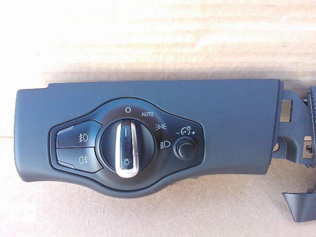 купить бу Электрооборудование кузова Блок управления освещением Легковой Audi A4 в Костополе
