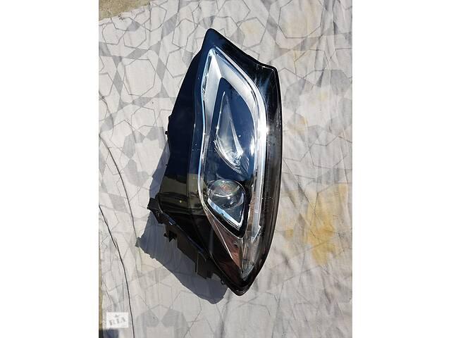 продам Фара Ліва  w156 для Mercedes GLA-Class 2014-2018 a1569067500, a1569066900, бу в Львове