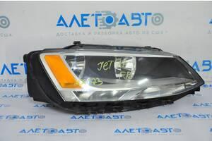 Фара передняя правая VW Jetta 11-18 USA галоген, царапины, трещина 5C7-941-006 разборка Алето Авто запчасти Фольксваген