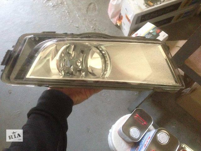 купить бу фара противотуманная Audi A4 5E0941699D в Киеве