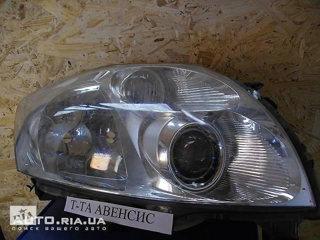 Фара головного света для Toyota Auris- объявление о продаже  в Хмельницком