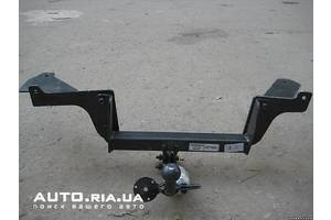 Фаркопы Renault Sandero