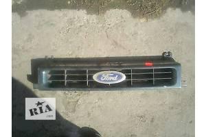 б/у Решётки радиатора Ford Scorpio