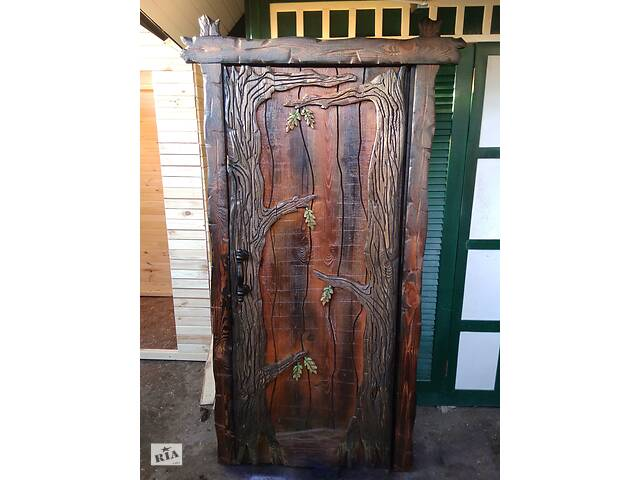 продам Двери из дерева под старину ( для дома, бани, кафе, дачи ) деревянные бу в Житомире