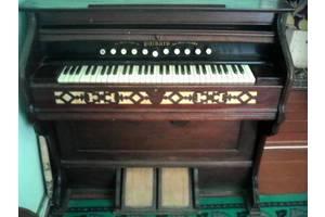 Антикварні музичні інструменти