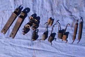 Тормозной механизм ручника для Mercedes308 1995рв на мерседес 308 комплект планок пружинок на ручник оригинал
