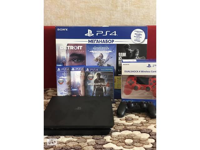 Продам PlayStation 4 Slim 1Tb, 2 джойстика- объявление о продаже  в Виннице