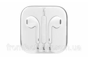Наушники Apple EarPods с пультом дистанционного управления и микрофоном