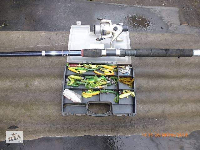 бу Рыболовные рыбацкие снасти принадлежности удочка спининг блесна наживка в Горловке