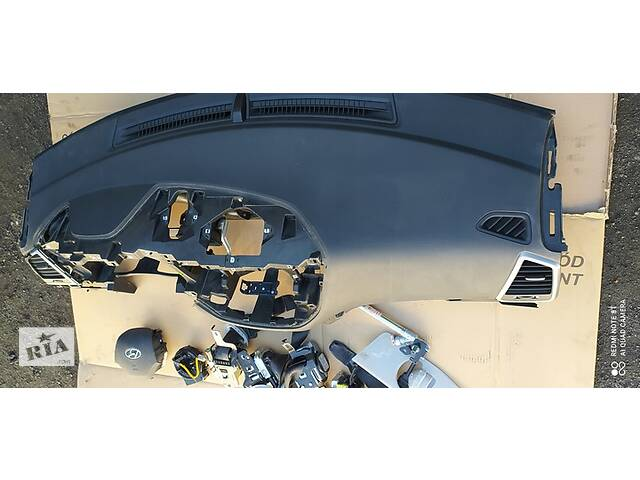 Hyundai tucson iii торпедо ремни комплект подушки - б/у- объявление о продаже  в Львове
