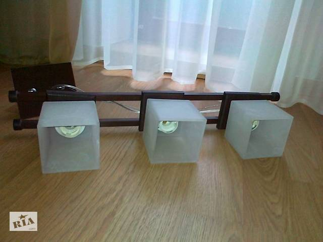 купить бу Світильник на три лампи в Тернополі
