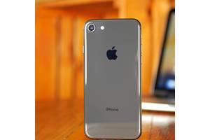 Нові Сенсорні мобільні телефони Apple iPhone 8