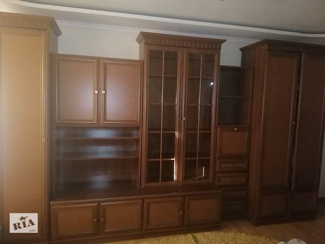 Стенка в гостиную- объявление о продаже  в Черновцах