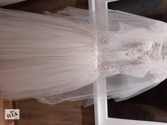 Свадебное платье- объявление о продаже  в Херсоне