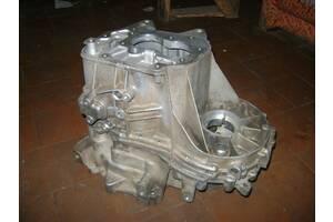 Б/у корпус КПП для Volkswagen, Skoda,.... (КПП 02Т 301).