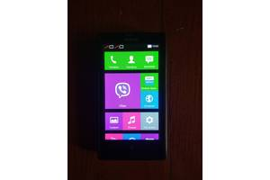 Рабочий смартфон, телефон б у нокиа RM-980