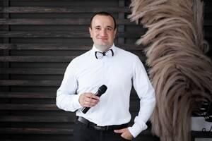 Ведущий на свадьбу, тамада , DJ, музыка на свадьбу.