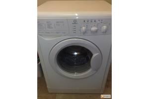 Продаю пральну машину Indesit б\у за 450грн !!!!!!!!!!!!!!!!!