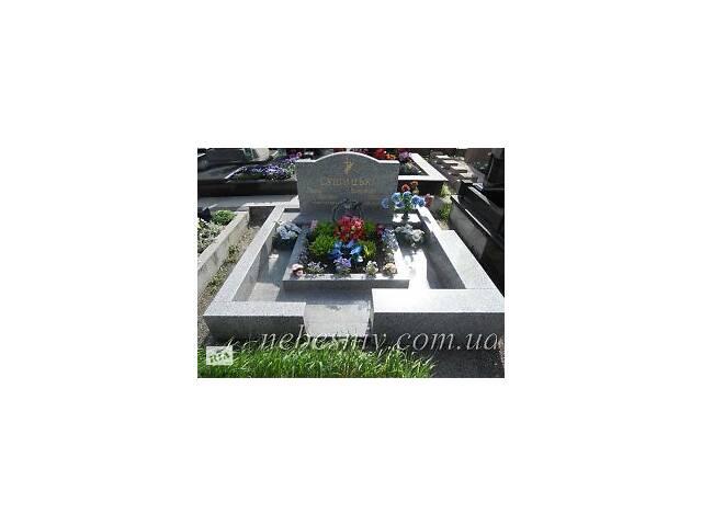 Памятники, таблички гранитные и мраморные ритуальные на кладбище, Киев- объявление о продаже  в Киеве