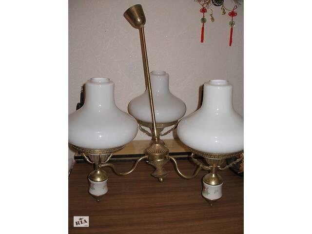 бу Світильник на три лампи.  в Тернополі