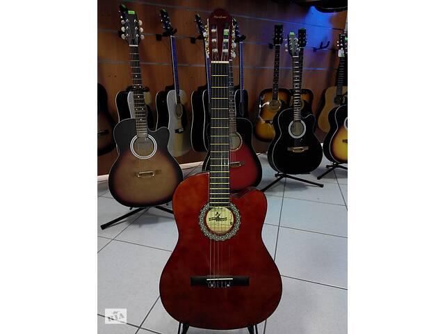 """купить бу  Гитара классическая """" MAXTONE"""" CGC3910С+ремень в подарок ! в Кременчуге"""