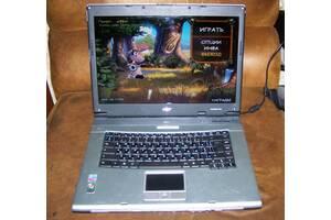 Ноутбук  рабочий для дома или школьника !!! идеальное состояние!!!