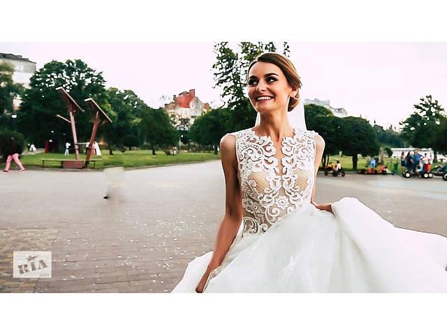 Фотограф фотозйомка весільний фотограф TT-Studio відеооператор відеозйомка весільна відеозйомка- объявление о продаже   в Украине