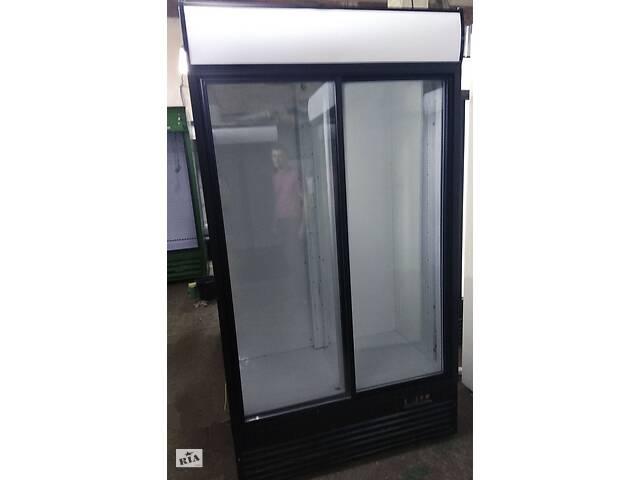купить бу Холодильная витрина вертикальная б/у для пива, воды и пр. в Шепетовке