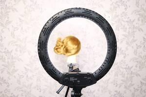 Кольцевая бьюти лампа для визажиста колориста парикмахера косметолога. Кольцевой свет 65 watt 45 cm