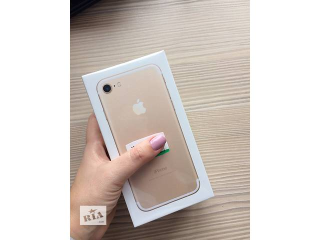 продам Iphone 7 128Gb Gold NEW бу в Львове