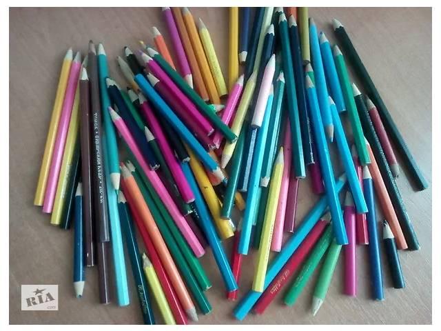 купить бу Карандаши цветные 80 штук 30 грн. в Кривом Роге