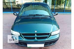 б/у Капоты Chrysler Voyager