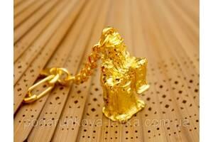 9180025 Брелок в золотом цвете Тай Сен