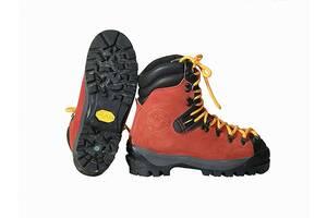 Гірські черевики. Розмір 37.5/24 см. Альпінізм, гірський туризм.