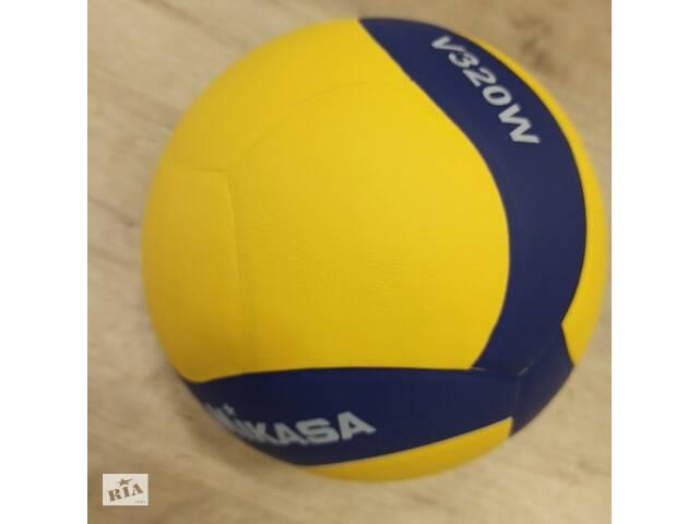 купить бу Мяч волейбольный Mikasa SKL11-282523 в Одессе