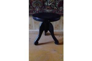 Продам б/у стул для пианино