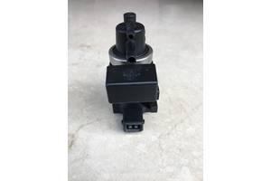 Клапан турбины \ Клапан управления EGR \ Вакуумний клапан \ Преобразователь давления Kia Carnival 2.9 TDI.