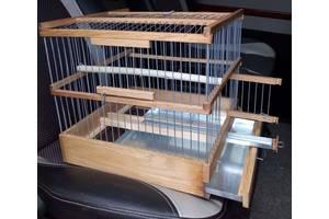 Клітка дубова для канарок, папуг.