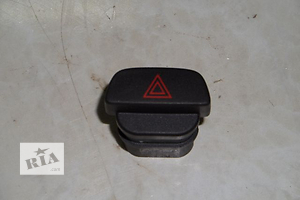 Кнопки аварийки Ford Fiesta
